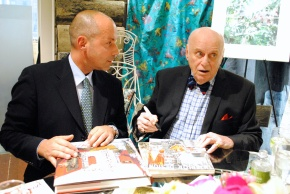 Designer Harry Heissmann and artist Jeremiah Goodman in the Stark Fabric showroom
