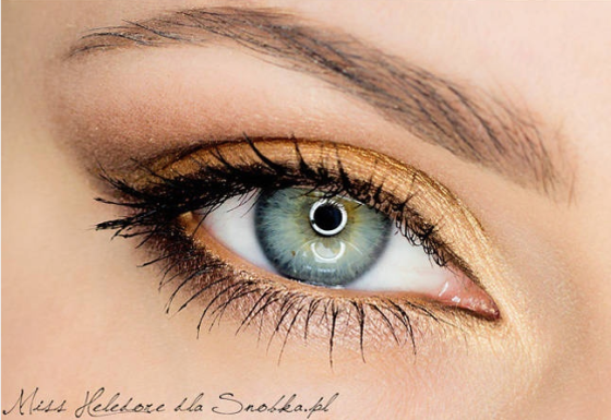 Orange brass eye makeup