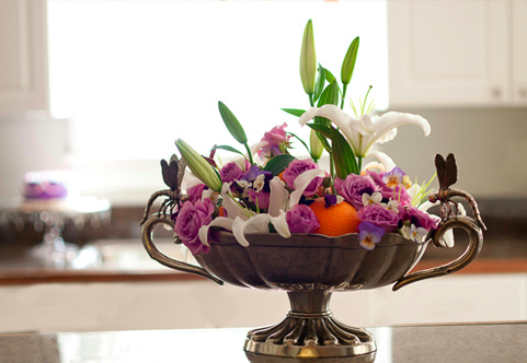 floral centerpiece entertain party table