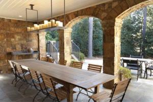 Wonderful al fresco dining area!
