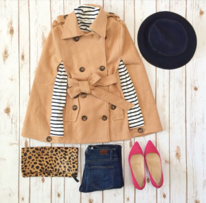 This is such a cute outfit. It has that boyish look with still being feminine with the pink ballet flats and a leopard clutch.